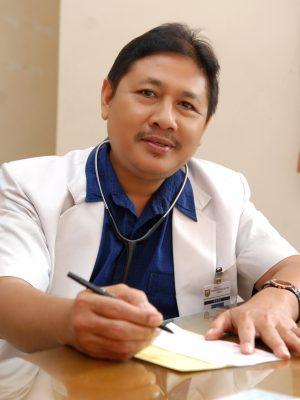 dr. Mudzakir Djalal, Sp. PD