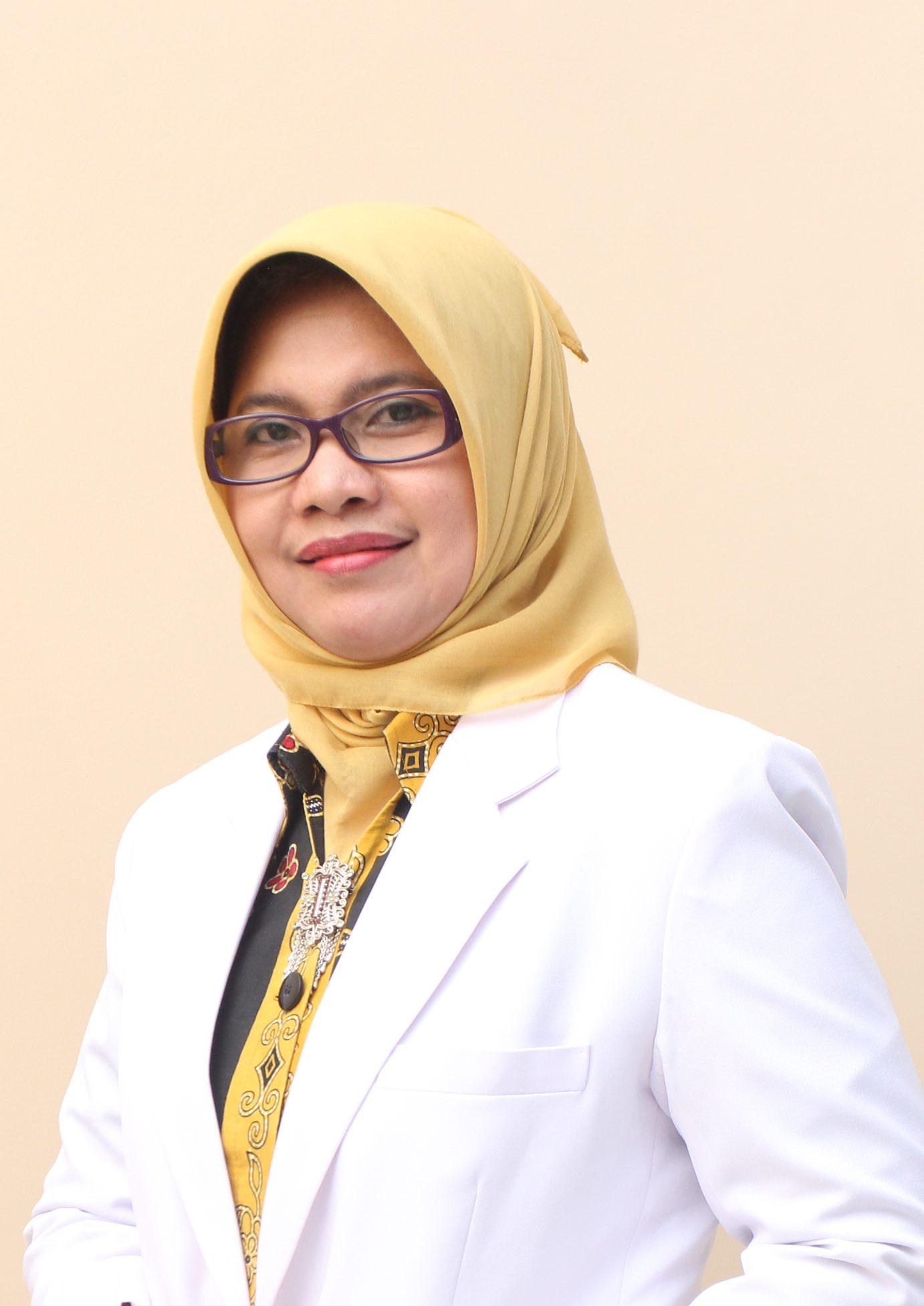 dr. Idil Fitri, Sp. PD